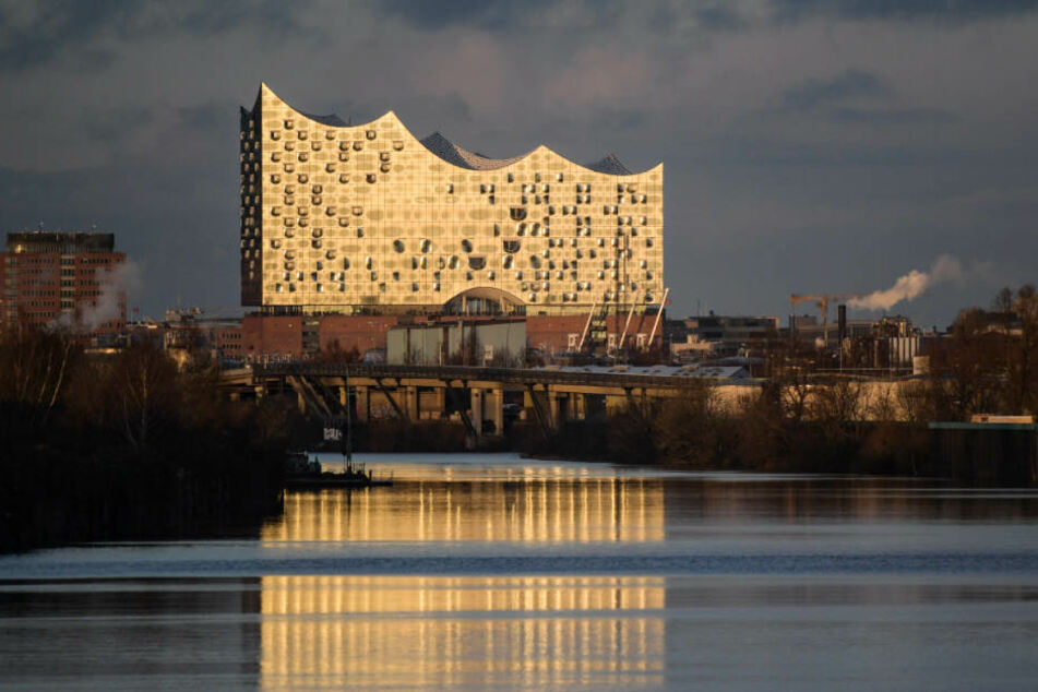 Für elf Millionen Euro kaufte ein Unbekannter eine Wohnung in der Elbphilharmonie.