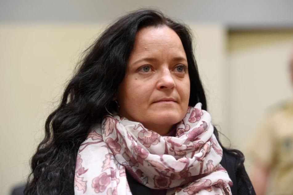 Erneut wurde der Hauptangeklagten Beate Zschäpe vorgeworfen, sich in mehreren Fällen des versuchten Mordes schuldig gemacht zu haben.
