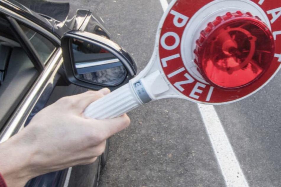 Leipzig: Mann sitzt in gestohlenem Auto und gerät in Polizeikontrolle