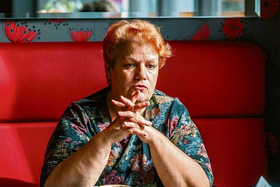 """Heide Geiler (62) von der Bürgerinitiative """"Endlich Wasser ins Sachsenbad""""."""