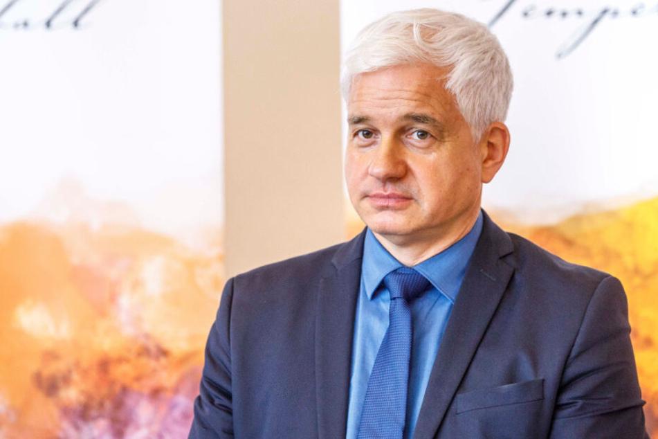 """Peinlicher """"Riverboat""""-Fauxpas: Semperopernball-Chef lädt Hertels tote Ehefrau ein"""