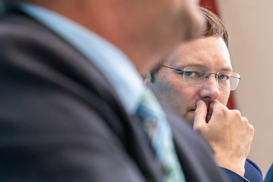 Laut Hans Reichhart (CSU), Staatsministerin für Wohnen, Bau und Verkehr, soll ein neues Gesetz schon dieses Jahr vorgestellt werden.