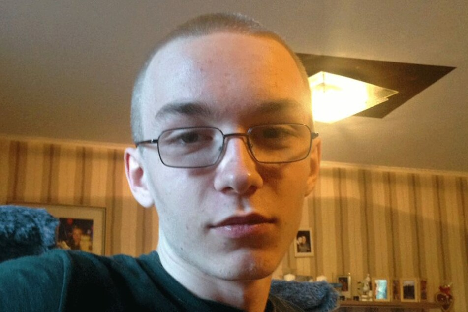 Der 19-jährige Marcel Heße soll den Jungen ermordet haben und ist noch immer auf der Flucht.