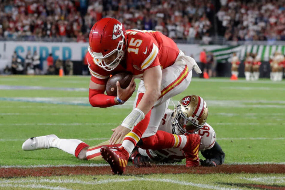 Quarterback Patrick Mahomes bringt seine Kansas City Chiefs per Touchdown in Führung.