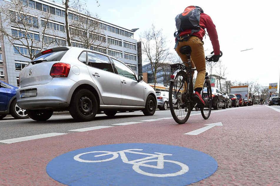 Die Fahrradautobahnen könnten dann ganz ungeachtet von Ampeln und Kreuzungsverkehr zur Arbeit oder zur Uni pendeln.