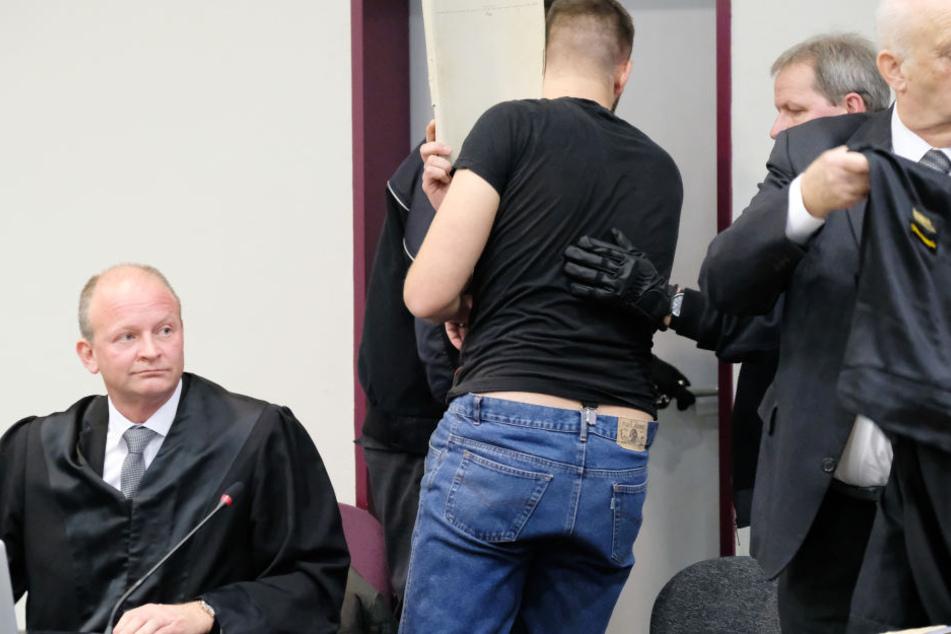 Am Freitag wurde Sebastian F. (21) zu einer lebenslangen Freiheitsstrafe verurteilt.