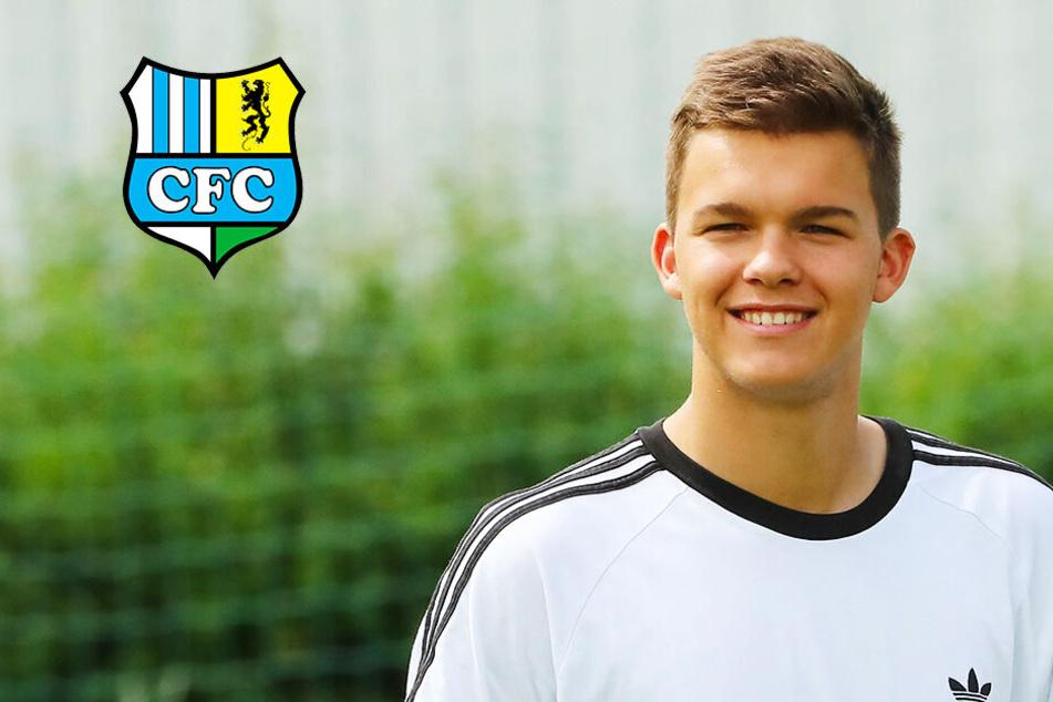 Emilio Ballack beim Trainingsauftakt vom Chemnitzer FC! Was macht der Sohn von Michael dort? - TAG24