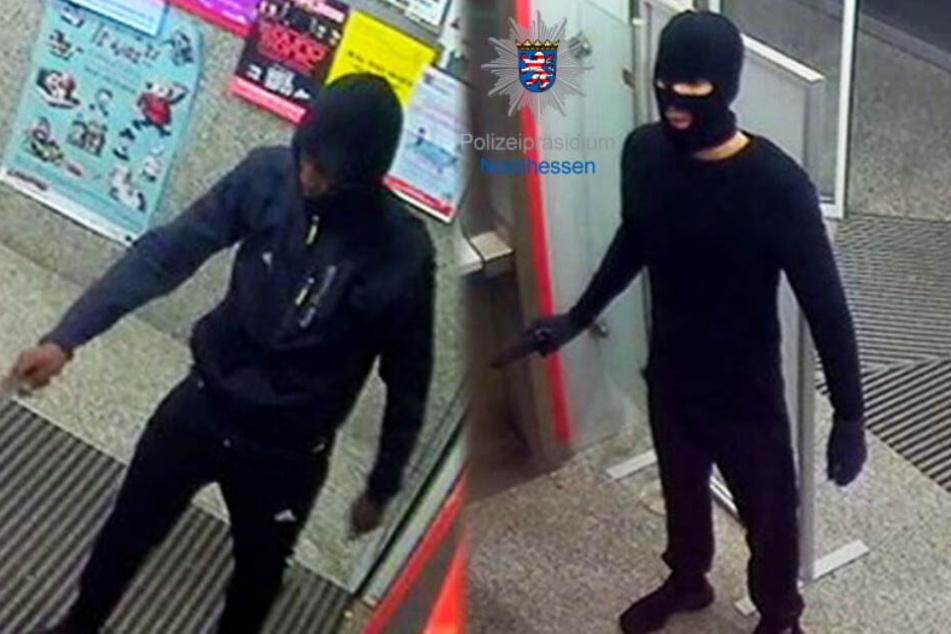Horror beim Geld-Abheben: Bewaffnete Räuber stürmen Bank-Filiale