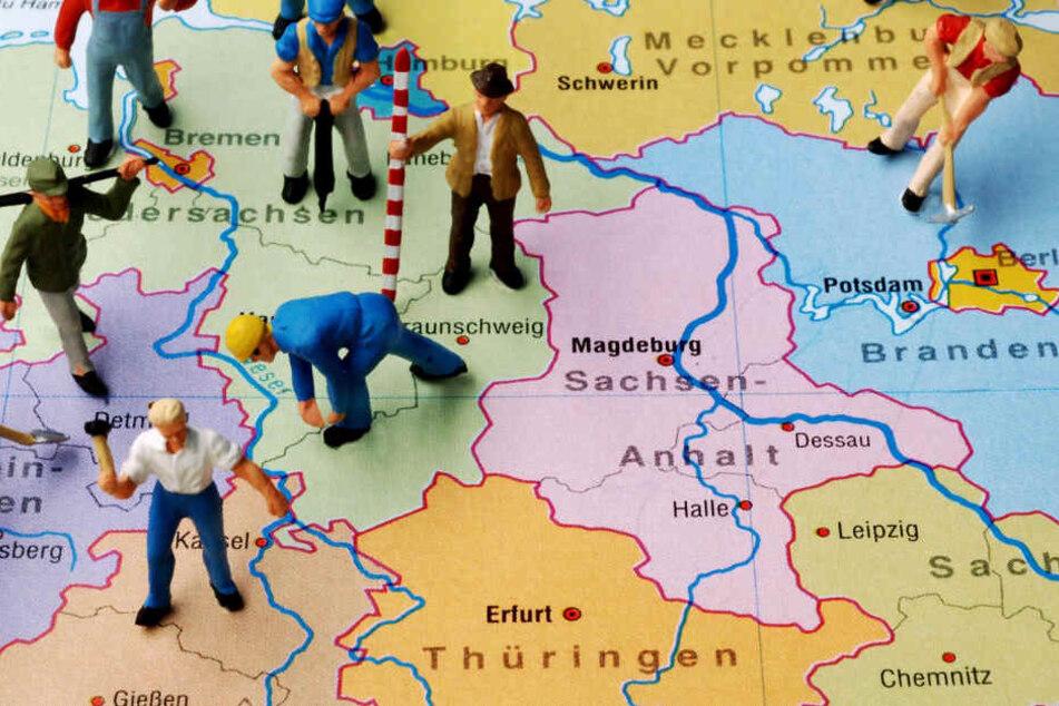 Aus welchen Gründen mehr Menschen das Bundesland Thüringen verlassen, ist nicht bekannt. Aber die Zahl der Bewohner schrumpft wieder.