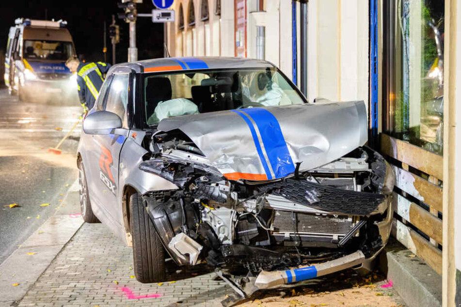 Der Suzuki rollte nach dem Unfall noch weiter.