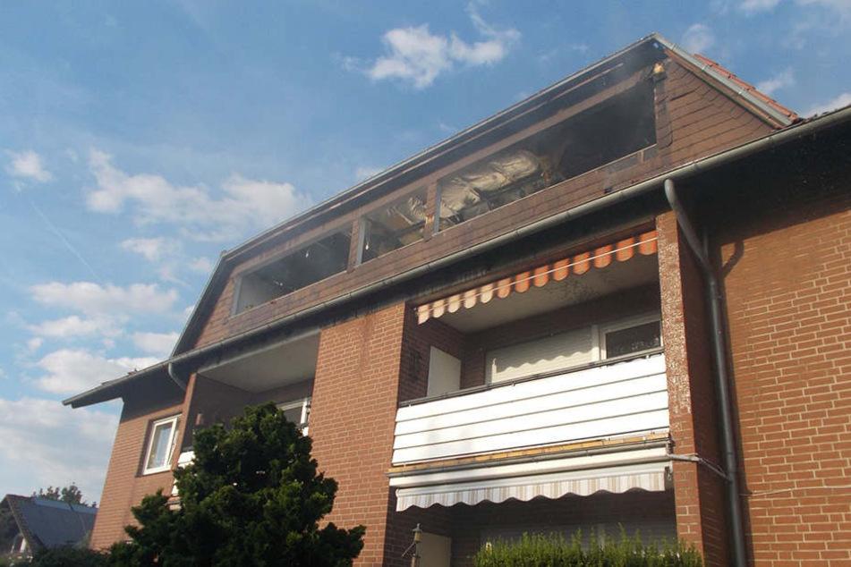Gasgrill setzt Dachgeschoss-Wohnung in Brand