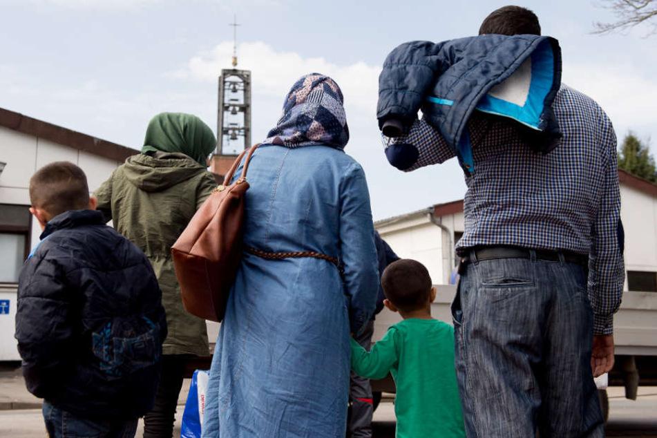 Wer einen eingeschränkten Schutzstatus hat, darf ab 1. August wieder Familienangehörige nach Deutschland holen. (Symbolfoto)