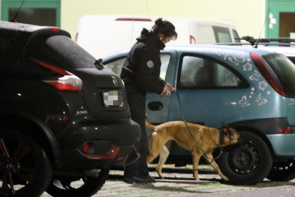 Bombenalarm! Leipzigerin fährt mit blinkendem Paket zur Polizei