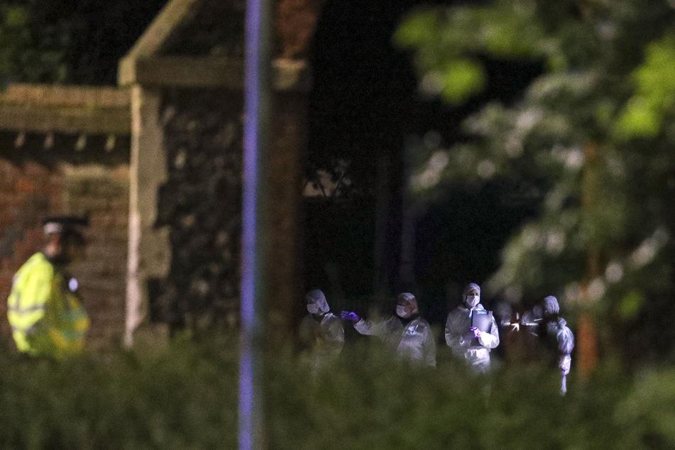 Drei Tote bei Messerangriff in Park — Videos auf Twitter