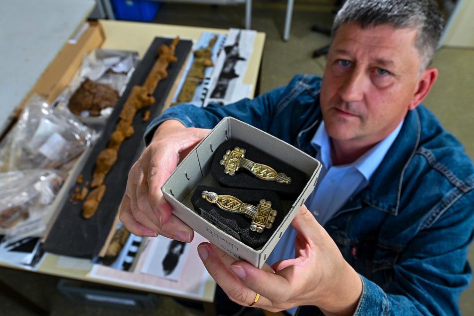 """""""Sensation!"""": Rund 1500 Jahre alte Schätze aus unberührten Gräbern in Mitteldeutschland entdeckt"""