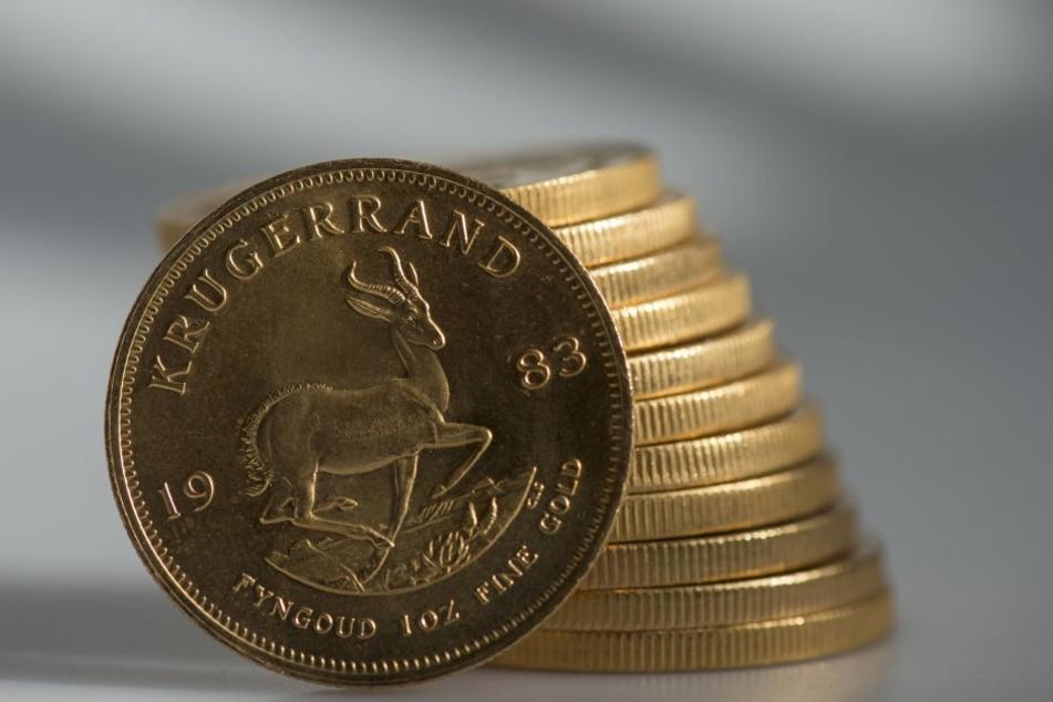 """Original """"Krügerrand""""-Münzen gelten als beliebte Sammelobjekte, kosten ab  1000 Euro aufwärts."""