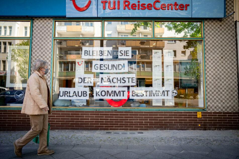 Berlin: Demo in Berlin! Reisebüros fordern mehr staatliche Hilfe