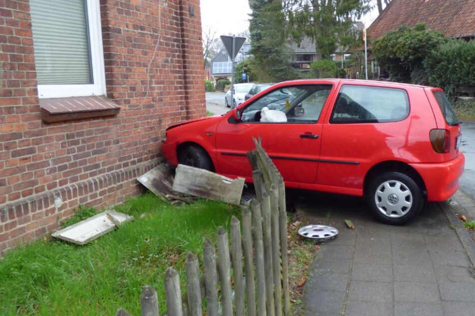 Verfolgungsjagd mit Suff-Fahrer endet an Hauswand