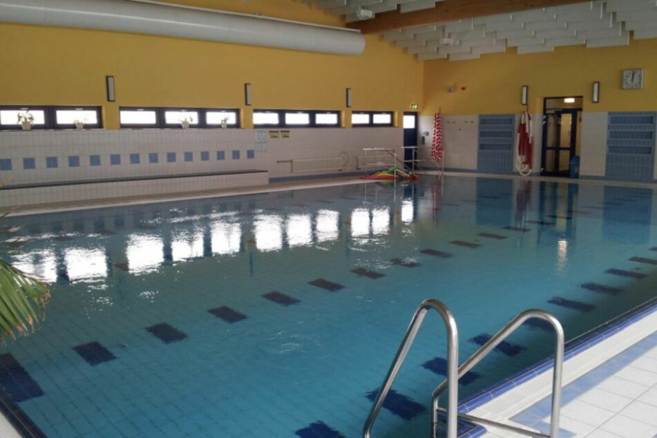 Die Schwimmhalle Olbernhau trennt weiter die Zeiten für Schwimmen und Saunieren.