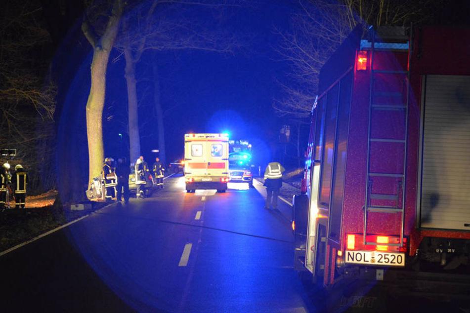Nach einem Unfall auf der B156 musste die Straße zwischenzeitlich voll gesperrt werden.