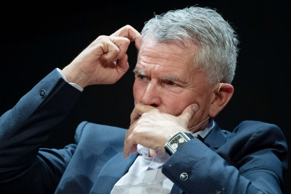 Hält nichts von Rücktritt: VfB-Präsident Wolfgang Dietrich.