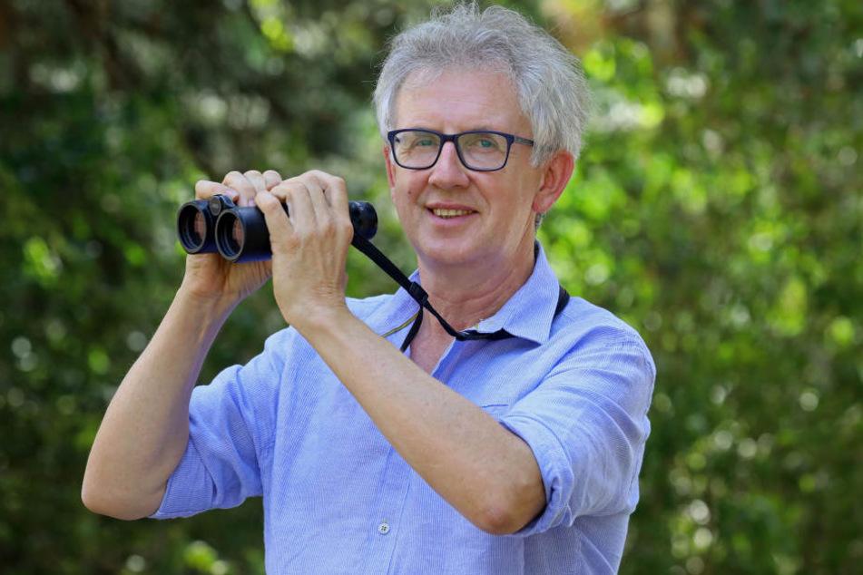 Storchen-Experte Jens Hering (52) freut sich über die rund 30 Störche in Waldenburg.