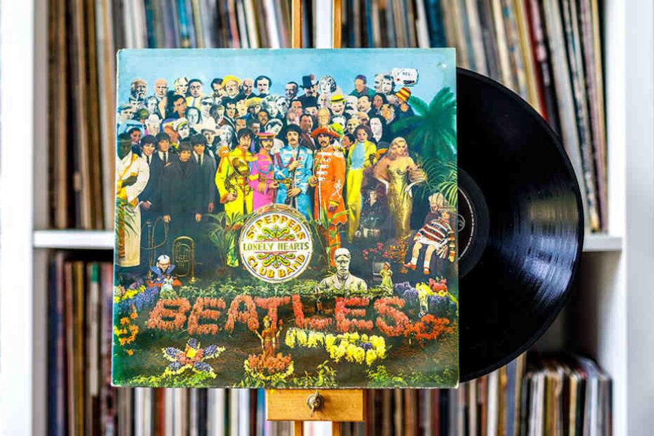Das Album gilt als Gesamtkunstwerk. Das Cover erregte genauso viel Aufmerksamkeit  wie die Musik.