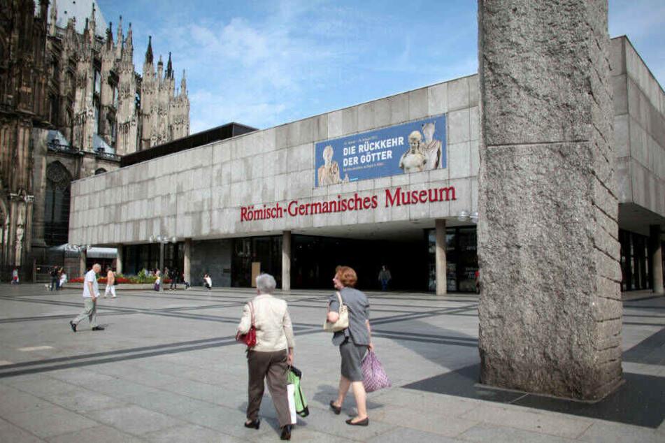 Wenn Kinder ihre Funde an das Römisch-Germanische Museum schicken, werde darauf immer eingegangen, sagte die Museumsleitung.