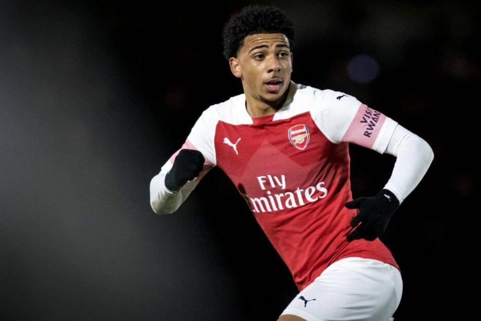 Xavier Amaechi verlässt Arsenal London und wechselt zum Hamburger SV.