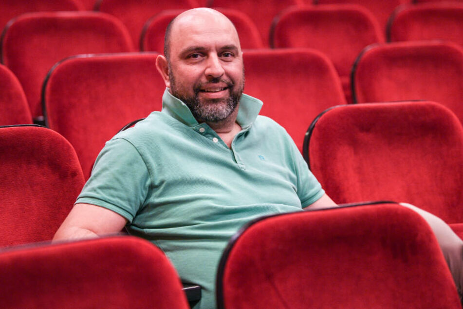 "Führt bei ""Mein Kampf"" Regie: Serdar Somuncu."