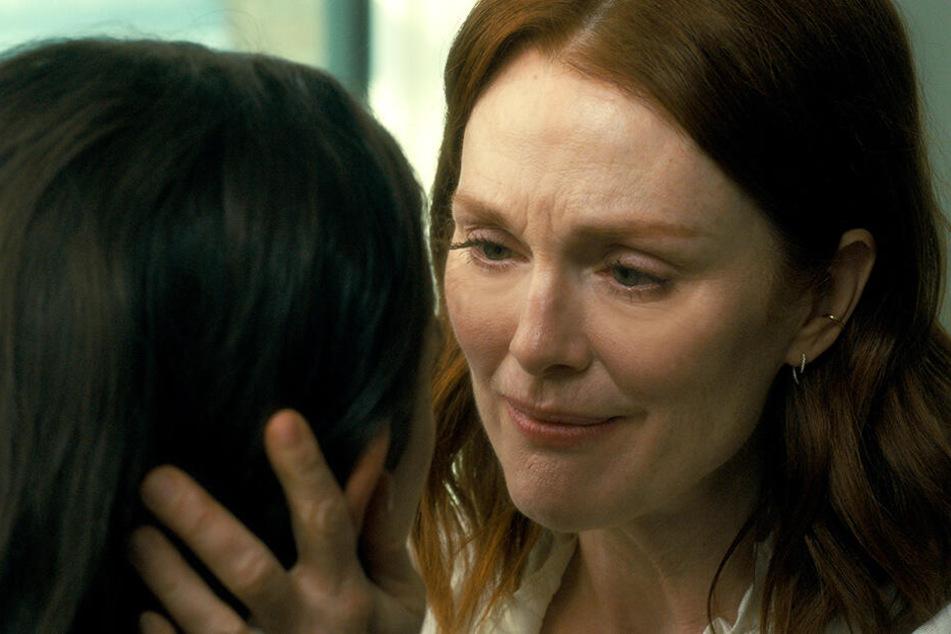 Theresa Young (Julianne Moore) macht eine schwere Phase durch.