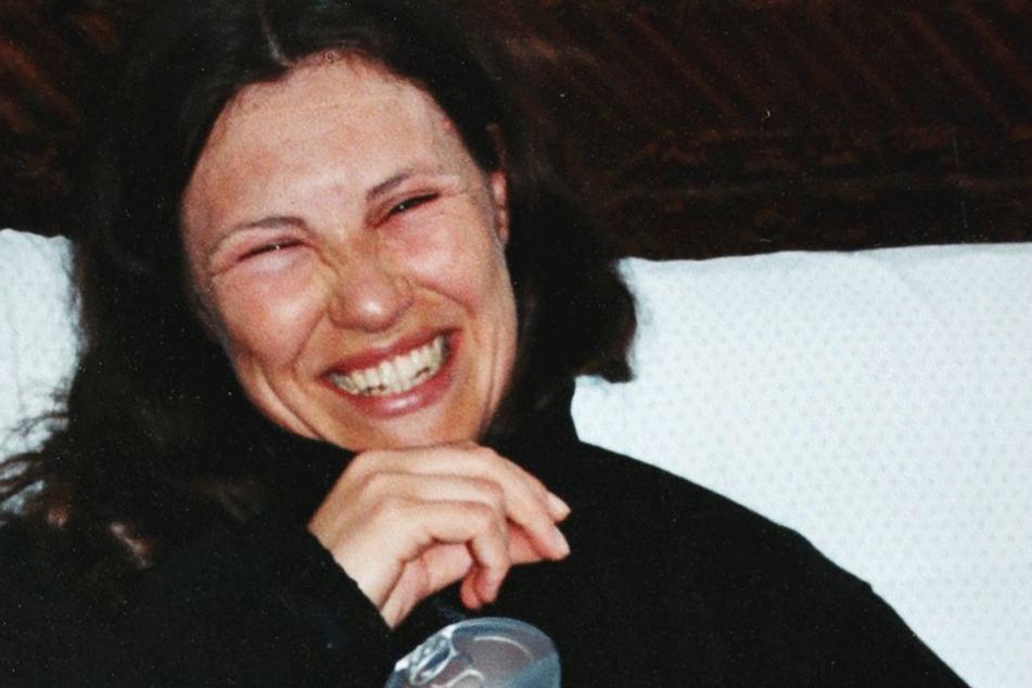 """Weil ihr Gesicht schon geschwollen war, """"vergrub"""" sich Astrid Schurig sogar  im Urlaub in ihrem Zimmer."""