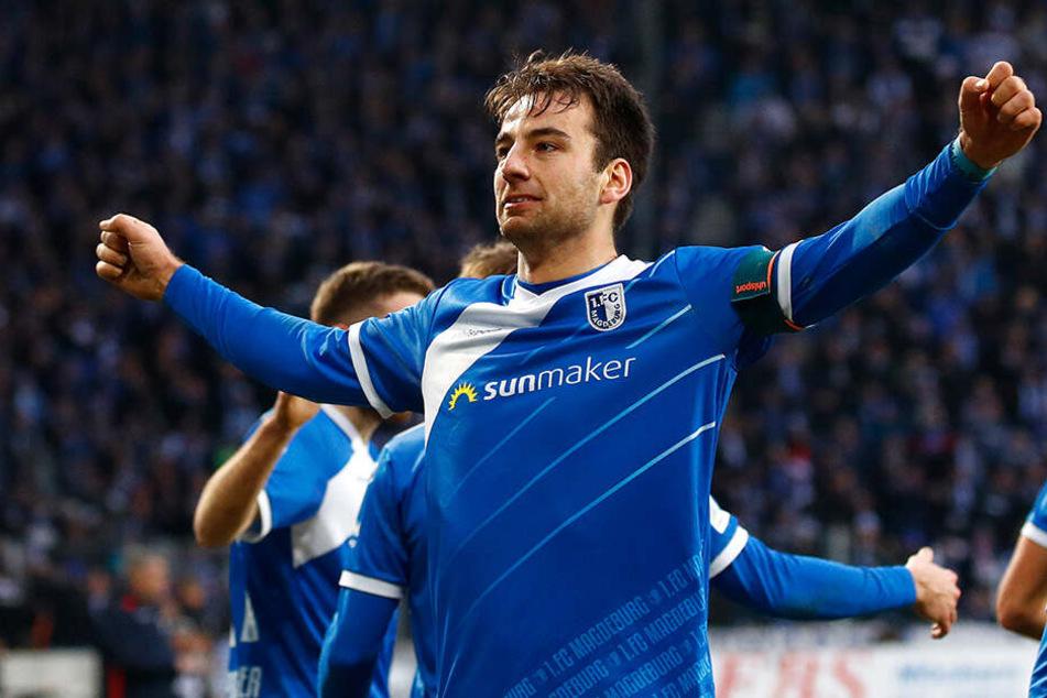 Hier jubelt Magdeburgs Torjäger Christian Beck noch. Dennoch musste sein Club am Ende in den sauren Apfel beißen und absteigen.