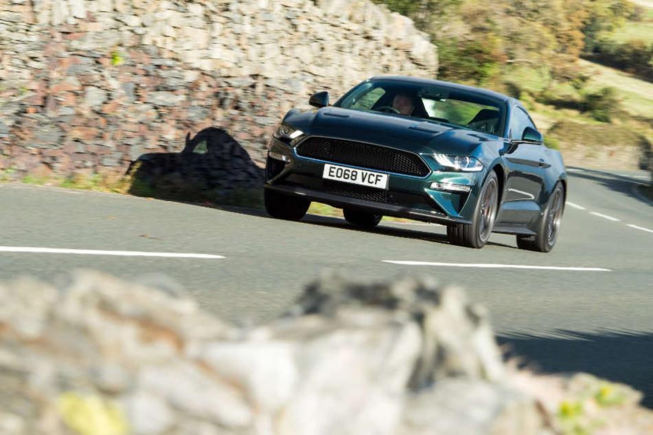 Der Ford Mustang Bullitt auf der Strecke auf der Isle of Man.