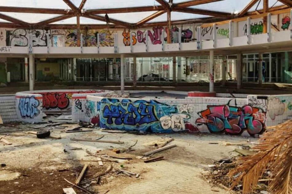 Das ehemalige Erlebnisbad Basso ist im Inneren kaum mehr zu erkennen.