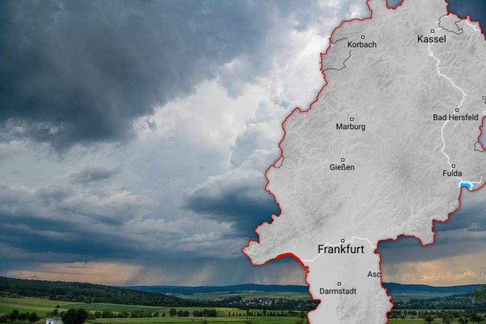 Fotomontage: In Hessen drohen am Wochenende teils schwere Gewitter (Symbolbild).