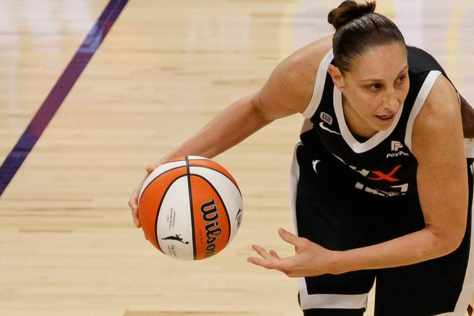 WNBA Finals: The Mercury ties up the series after a big overtime win