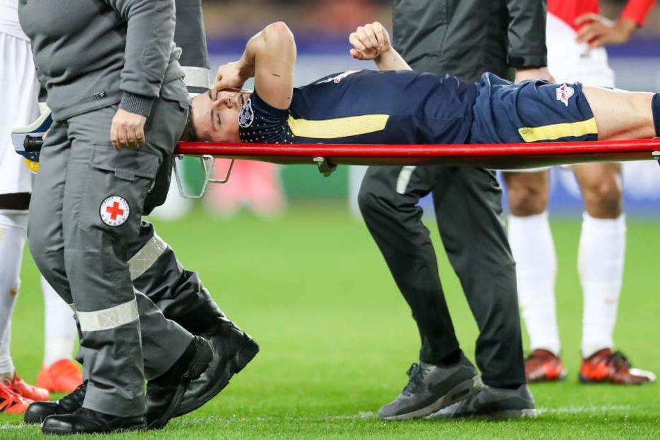 Marcel Sabitzer rutschte bei einem Torschuss weg und kugelte sich dabei die Schulter aus.