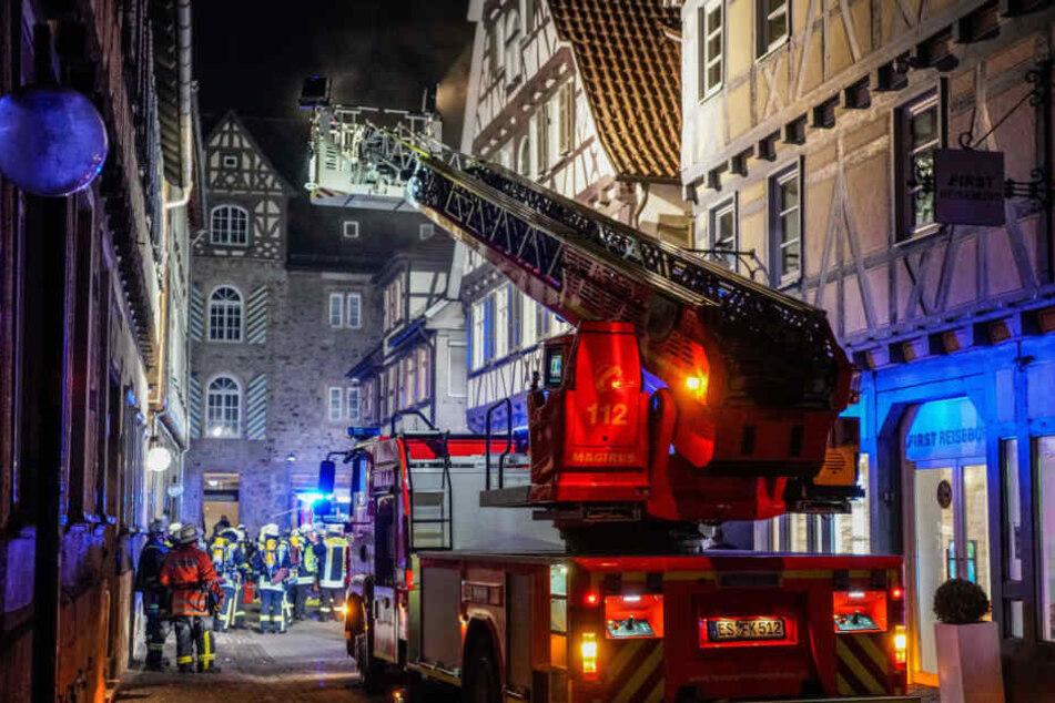 Brand in Restaurant: 25-Jährige Mitarbeiterin verletzt
