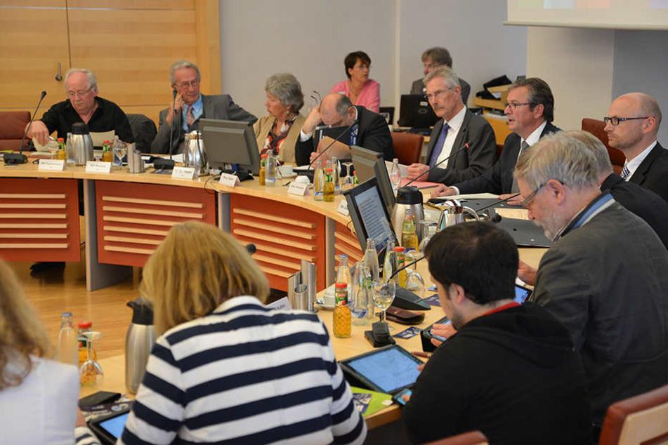 Der Paderborner Rat lehnte eine finanzielle Unterstützung des SCP mit großer Mehrheit ab.