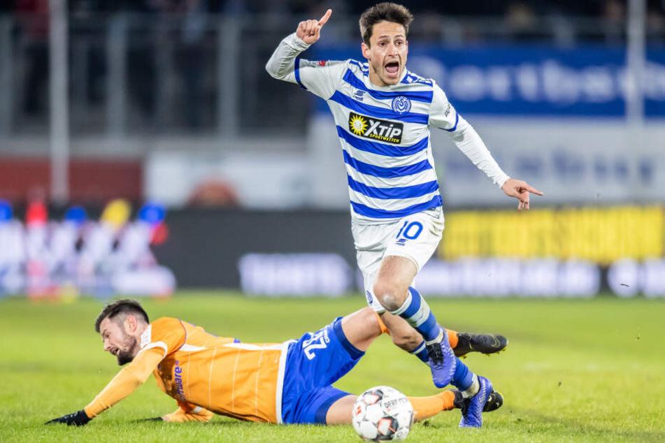 Fabian Schnellhardt (r) machte nur ein Spiel für den 1. FC Köln.
