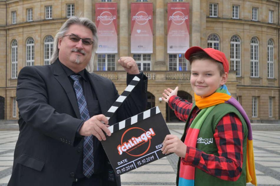 """Festival-Chef Michael Harbauer (50) und """"Schlingel"""" Frederic (11) freuen sich auf viele spannende Filme."""