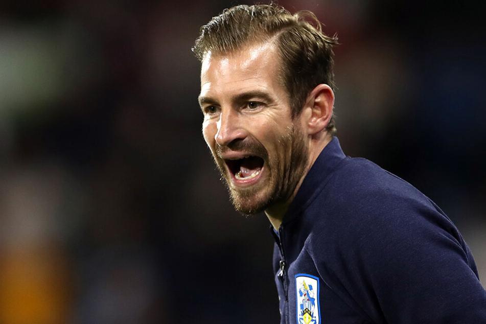 Jan Siewert trainiert nicht länger den englischen Zweitligisten Huddersfield Town.