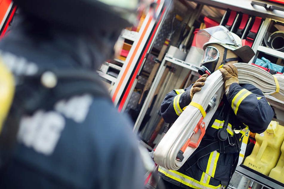 Die Feuerwehr konnte den Brand löschen. Die Ursache ist unklar. (Symbolbild)
