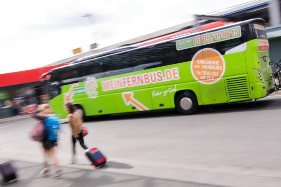 Die Flixbus-Flotte rollt künftig auch an die Mecklenburgische Seenplatte.