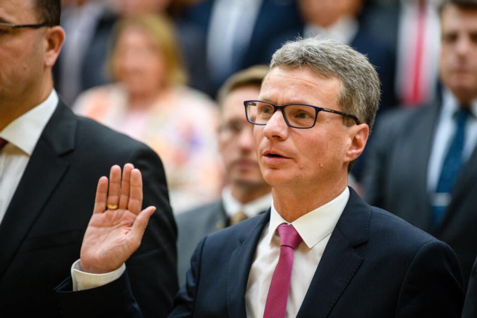 Wissenschaftsminister Bernd Sibler (CSU) bei seiner Vereidigung im bayerischen Kabinett. (Archivbild)