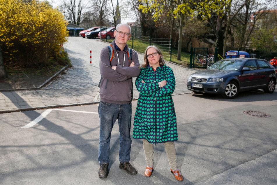 """Kämpft gegen den """"unsinnigen"""" Tunnel: Stadtrat Johannes Lichdi (56, Grüne) und Ulla Wacker (48)."""
