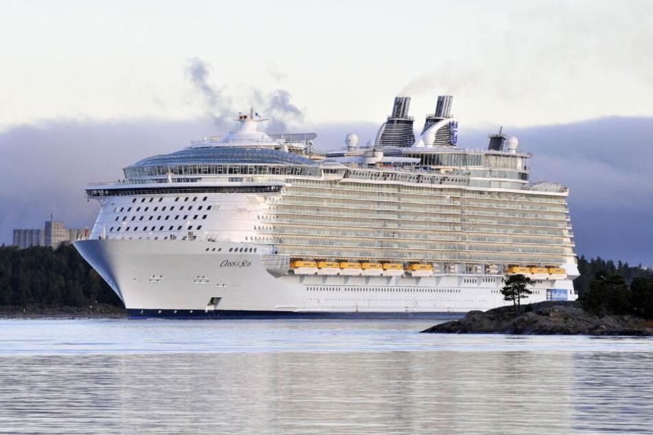 Die Oasis of the Seas ist das drittgrößte Kreuzfahrtschiff.