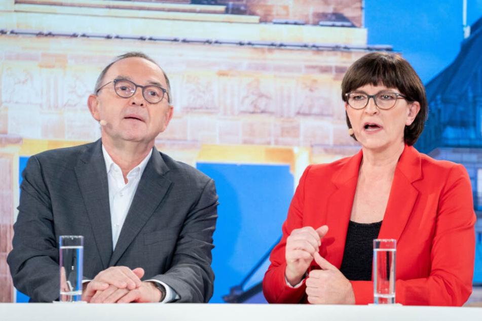 Die Jusos unterstützen die Bewerbung von Norbert Walter-Borjans (links) und Saskia Esken für den SPD-Parteivorsitz. (Archivbild)