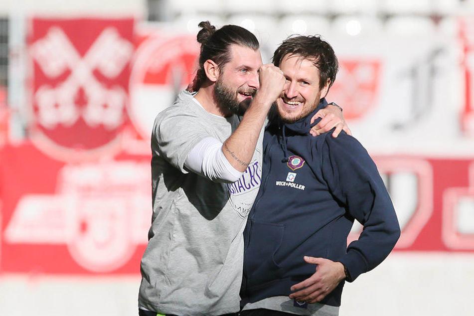 Seit September ein Team - und das recht erfolgreich: Cheftrainer Hannes Drews (r.) und Robin Lenk.